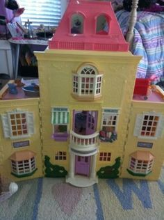 Fisher Price Loving family home with accessories