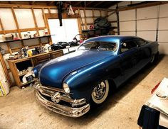 Customs 50 Ford Chopped & Dropped !~