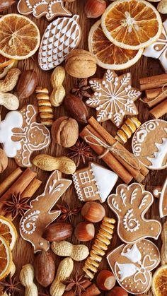 Christmas Coffee, Christmas Mood, Christmas Lights, Christmas Crafts, Christmas Decorations, Xmas, Christmas Phone Wallpaper, Winter Wallpaper, Hello November