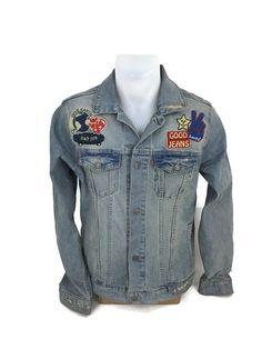 Levis Trucker Denim Jean Jacket Distressed Retro Throwback Hippie Patches Sz XL #Levis #DenimJacket