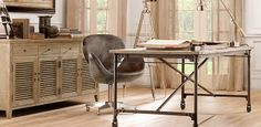 Flatiron Desk from Restoration Hardware. Saved to Apartment Stuff. Shop more products from Restoration Hardware on Wanelo. Mesa Home Office, Home Office Desks, Office Furniture, Sunroom Office, Furniture Ideas, Wood And Metal Desk, Metal Desks, Wood Desk, Rustic Desk