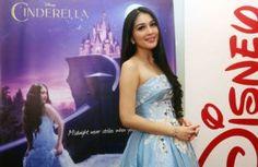 Nikah di Disneyland Sandra Dewi Ingin Jadi Cinderella
