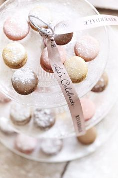 Frosty looking macarons!