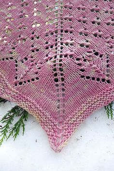 Ravelry: Uphill pattern by Caitlin ffrench