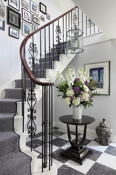 Traditional Staircase Design Ideas, Pictures, Remodel and Decor Staircase Railings, Curved Staircase, Modern Staircase, Stairways, Banisters, Iron Railings, Georgian Interiors, Georgian Homes, Traditional Staircase
