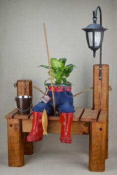 The Dudes Pant Planters® www.TheDudesPantPlanters.com Jean-Planters