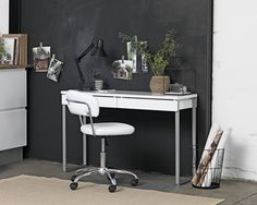 Shop the great offers on office desks at JYSK. See the wide range of computer desks and home office desks in different materials and styles in-store and online. Guest Room Office, Home Office, Office Desk, My Room, High Gloss, Drawers, New Homes, House Styles, Storage