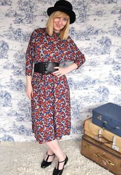 Discover new and vintage dresses at ASOS Marketplace. Take your pick from retro evening gowns, shifts, maxis, babydolls and thousands more styles. Dress Shirts For Women, Clothes For Women, Vintage Boutique, Evening Gowns, Vintage Dresses, Floral Prints, Bohemian, Photoshoot, Grey
