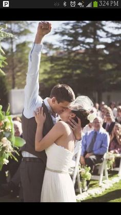 Cute wedding pictures idea