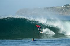 kelly slater, perfectly poised