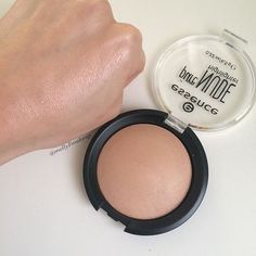 Essence Pure Nude Highlighter. Follow my instagram @mellyfmakeup for more!