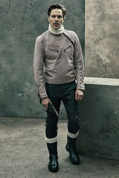 http://www.style.com/slideshows/fashion-shows/fall-2015-menswear/belstaff/collection/16