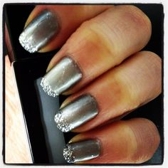 Perfect #DIY New Years Even mani. Use Leighton as base and dip end of nail in loose glitter