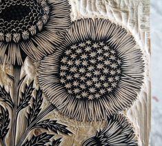 Inspiration for machine embroidery --- Valerie Lueth + Paul Roden, Tugboat Printshop ~ Daisy Bouquet ~ Woodcut Detail Sgraffito, Linocut Prints, Art Prints, Block Prints, Lino Art, Linoprint, Stamp Printing, Wood Engraving, Art Plastique