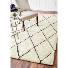 nuLOOM Handmade Soft and Plush Moroccan Trellis Shag Rug x - Overstock Shopping - Great Deals on Nuloom - Rugs Room Size Rugs, Target Rug, Trellis Design, Berber Carpet, Rugs Usa, Hand Tufted Rugs, Rug Material, Natural Rug, Contemporary Rugs