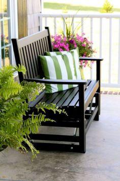 Amazing Home Front Porch With Awesome Decorating Ideas Frühling Veranda Home Porch, House With Porch, Café Exterior, Stone Exterior, Porch Glider, Porch Kits, Porch Ideas, Front Patio Ideas, Small Front Porches