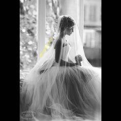 عکس قشنگی یک جورایی حس آرامشو منتقل می کنه.موافقین؟  #bia2aroosi #aroosi #wedding_photo #بیاتوعروسی #عروسی #بهترین_راهنمای_عروسی #راهنمای_عروسی #راهنمای_عروس #عروس#عکس_عروس #عکی_عروسی#ایده_های_عروسی #ایده_عروسی #ایده_عکاسی #ایده_عکس #ژست_عکس #ژست_عکاسی #آتلیه_عروس #استودیو