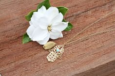 Hamsa Hand Necklace Silver and Gold Style, Vintage and Antique Jewellery. Unique and beautiful Hamsa Hand