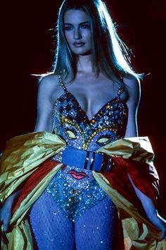 supermodelshrine:  Karen for Versace, 1991                                                                                                                                                                                 Plus