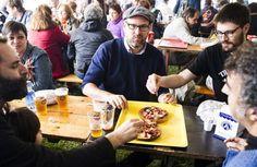 El ya nuevo alcalde de Santiago participa en una comida popular en el parque de Belvís óscar corral