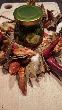 Recepty - Antónia Mačingová Stuffed Mushrooms, Beef, Vegetables, Food, Diet, Stuff Mushrooms, Meat, Essen, Vegetable Recipes