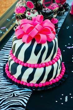 Check out this zebra party with zebra hats, pinata, balloons, cute zebra striped cupcakes, & beautiful zebra cake topped with pink ribbon. Pink Zebra Cakes, Zebra Birthday Cakes, Zebra Print Cakes, Pretty Cakes, Cute Cakes, Beautiful Cakes, Amazing Cakes, Zebra Party, Torta Animal Print