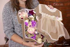 Фотографии Букеты из конфет. Школа «Втворчестве» Baby Shawer, Baby Box, Baby Crafts, Diy And Crafts, Baby Shower Souvenirs, Japanese Gifts, Diy Gift Box, Chocolate Bouquet, Deco Floral