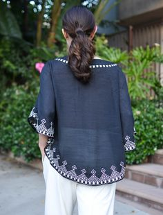 Embroidered Top #spanishmuse #style #fashion #bohemian #latina #mexico