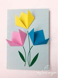 Origami Flowers 251357222939626607 - How to get children folding EASY ORIGAMI TULIPS. A great starting origami with only a few steps. Source by annjuliematt Paper Folding For Kids, Paper Folding Crafts, Paper Crafts Origami, Paper Crafts For Kids, Paper Crafting, Diy Origami Cards, Origami Toys, Tulip Origami, Easy Origami Flower