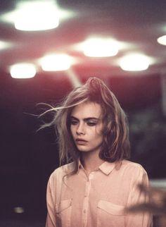 eiseneisen:  modelsforvogue:  Cara Delevingne
