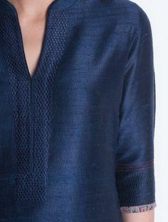 Best 12 Navy Embroidered & Ajrakh Trim Detailed Raw Silk Kurta by Divyam Mehta – SkillOfKing. Silk Kurti Designs, Churidar Designs, Kurta Designs Women, Kurti Designs Party Wear, Neck Designs For Suits, Neckline Designs, Dress Neck Designs, Blouse Designs, Salwar Pattern
