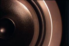 Resultado de imagen de speaker wallpaper