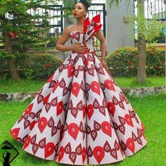 afrikanische hochzeiten This sophisticated Ankara ball dress is available in US size Modification to style is allowed at no extra cost. It's also available in several other Ankara prints. We ship worldwide We offer drop shipping Processing takes African Prom Dresses, Ankara Gowns, African Dresses For Women, Ankara Dress, African Wedding Attire, African Attire, African Traditional Dresses, Traditional Wedding Dresses, African Fashion Ankara