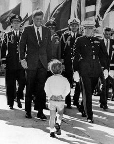 Estilo Jackie Kennedy, Los Kennedy, John Kennedy Jr, Jfk Jr, Jacqueline Kennedy Onassis, Carolyn Bessette Kennedy, Caroline Kennedy, Greatest Presidents, American Presidents