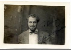 (via Vincent Price Signed Never Seen Candid Photo 1940s)