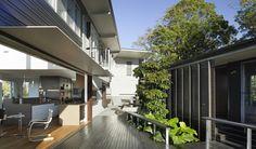 Glass House Mountains House / Bark Design Architects © Christopher Frederick Jones
