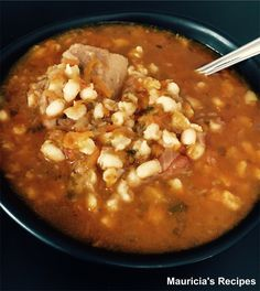 The story … This delicious and satisfying samp and beans (stampmielies en boontjies) soup is the perfect hearty choice for cold winter nights! Soup is such a handy winter staple and this one … Bean Recipes, Soup Recipes, Dinner Recipes, Vegetable Sides, Vegetable Recipes, Easy Casserole Recipes, Bean Soup, Bon Appetit, A Food
