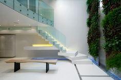 Mezzanine et mur vegetal