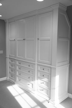 Master bedroom built-ins off of master sitting room or would be good storage for bonus room by Prettystuff Bedroom Built Ins, Master Bedroom Closet, Bedroom Wardrobe, Built In Wardrobe, Bedroom Storage, Home Bedroom, Built In Bedroom Cabinets, Closet Built Ins, Bedroom Closets
