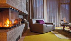 Wohnzimmer in der James Bond Suite mit Kaminbereich Design Hotel, Vintage Nautical Decor, Curtains, Living Room, James Bond, Interior, Mood, Winter, Home Decor