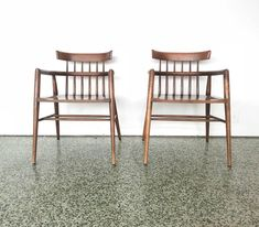 Pair of Paul McCobb Armchairs for Winchendon For Sale 2