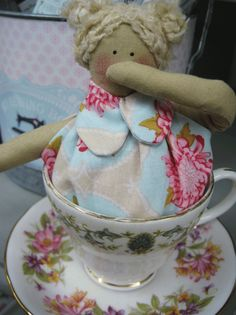 Based on the tales of Mrs Pepperpot, comes this new and delightful workshop. Using Tilda fabric and a china teacup, make a beautiful keepsake to treasure. Teacup, Workshop, China, Lady, Fabric, Crafts, Beautiful, Tejido, Tea Cup