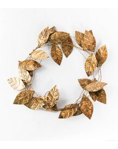 Oooo I think I'm gonna have to go out and find some fun leaves to spray paint gold and silver for Christmas decorations