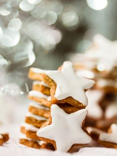from Food Solutions Magazine Dec 2015 12 Days Of Xmas, Cut Out Cookies, Food N, Greek Recipes, Christmas Cookies, Food To Make, Waffles, Sweets, Make It Yourself