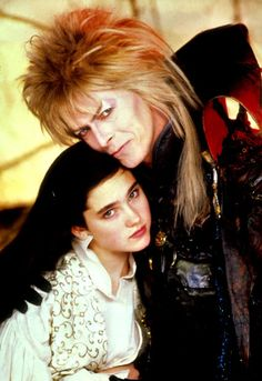 David Bowie with a young Jennifer Connelly in the Jim Henson film Labyrinth/ LAbirinto - A Magia do Tempo David Bowie Labyrinth, Labyrinth Movie, Labyrinth 1986, Sarah And Jareth, Jim Henson Labyrinth, Actor Secundario, The Thin White Duke, Goblin King, King David