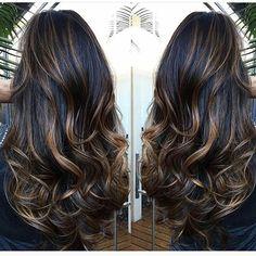 Amei esse cabelão quero o meu assim. ❤ . . . . . #cuidaquecresce #cuidadoscomcabelo #instahair #instasize #blogueiras #blog #instablog #cabelao #rapunzel #cabelopoderoso #cronogramacapilar #projetorapunzel2016 #cabeloslindos #longhair #cronogramacapilar #cabelobemcuidado #segueaqui #boatardee #like #likeforlike #cabelodediva #hair #rapunzelhair #IiveIove #morenailuminada #f4f #likeit #crescecabelo #beautiful #instablogg #meuccapilar