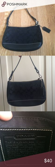 Original Coach logo small handbag This small coach bag is great for your little ladies in training, or for your favorite go-to small bag. It can fit a lot in it. It has the original Coach 'C' logo. I got this as an early teen as my first designer bag. Coach Bags Mini Bags