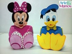 Spar ou confiseurs fait à Goma Eva Minnie et Donald Disney Diy, Baby Disney, Micky Mouse Club House, Baby Mickey Mouse, Theme Mickey, Mickey Party, Foam Crafts, Diy And Crafts, Party In A Box
