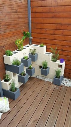 Incredible Diy Garden Pots And Containers Ideas is part of Cinder block garden - Container gardening sure sounds easy just use a couple of garden pots, add some plants, then water and plenty […] Diy Patio, Backyard Patio, Backyard Ideas, Concrete Backyard, Modern Backyard, Backyard Playground, Large Backyard, Cinder Block Garden, Cinder Blocks