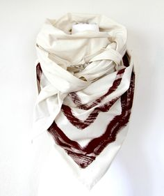 Triangel Dreieckstuch mit Streifen / scarf with stripes, ethno and boho style by gutzi-a via DaWanda.com